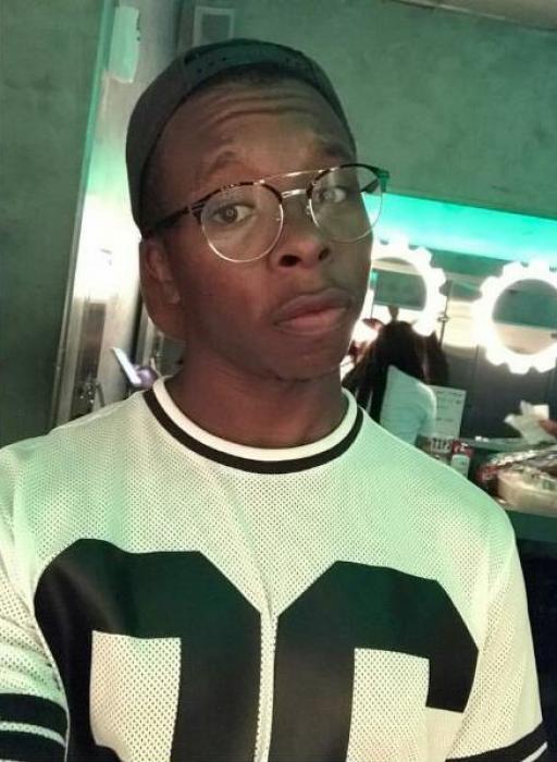 site de rencontre black gay à Saint-Leu